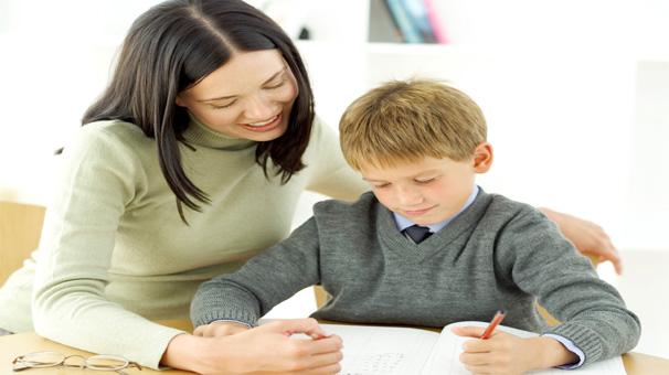 aileler-ve-ogretmenler-ergenlik-psikolojisi-hakkinda-bilgi-sahibi-olmali