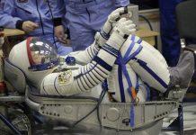 Japon astronot Norishige Kanai'nin boyu uzayda 9 santimetre uzadı